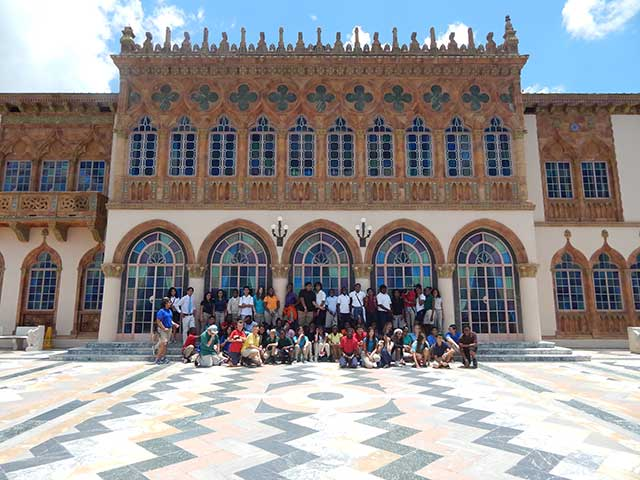 Fort Myers Middle School seventh-graders explored the Ringling Museum of Art thanks to two FGCU students and their Civic Engagement project.