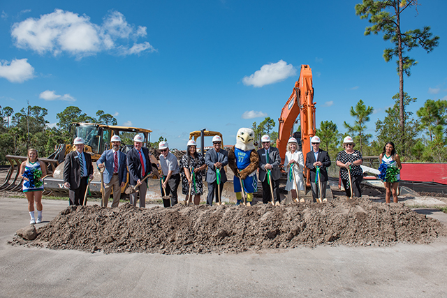 Photo of groundbreaking for new FGCU rec center