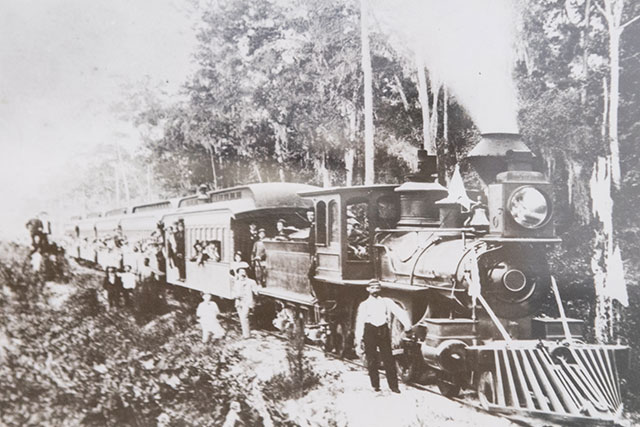 Vintage photo showing railroad in Florida
