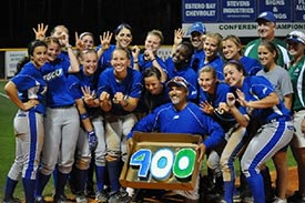 FGCU softball celebrates 400 wins