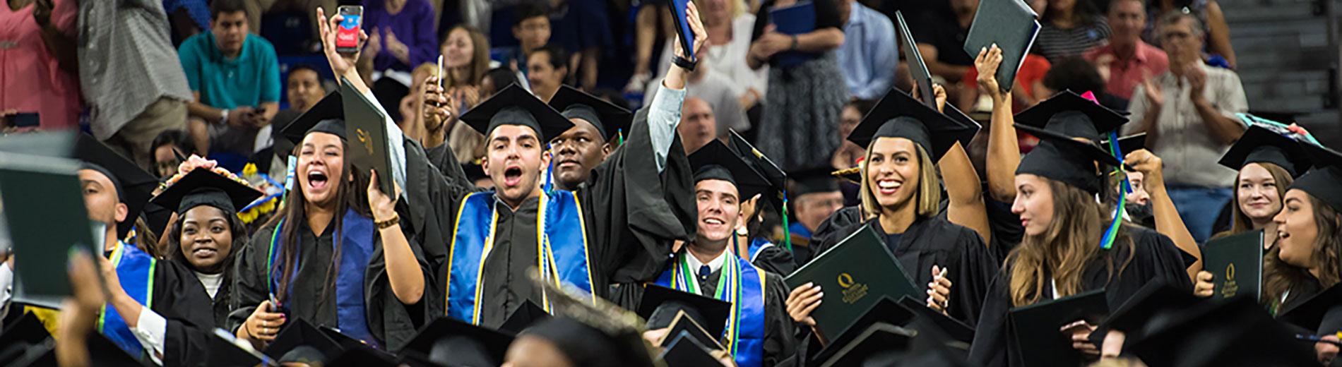 fgcu graduates phoot