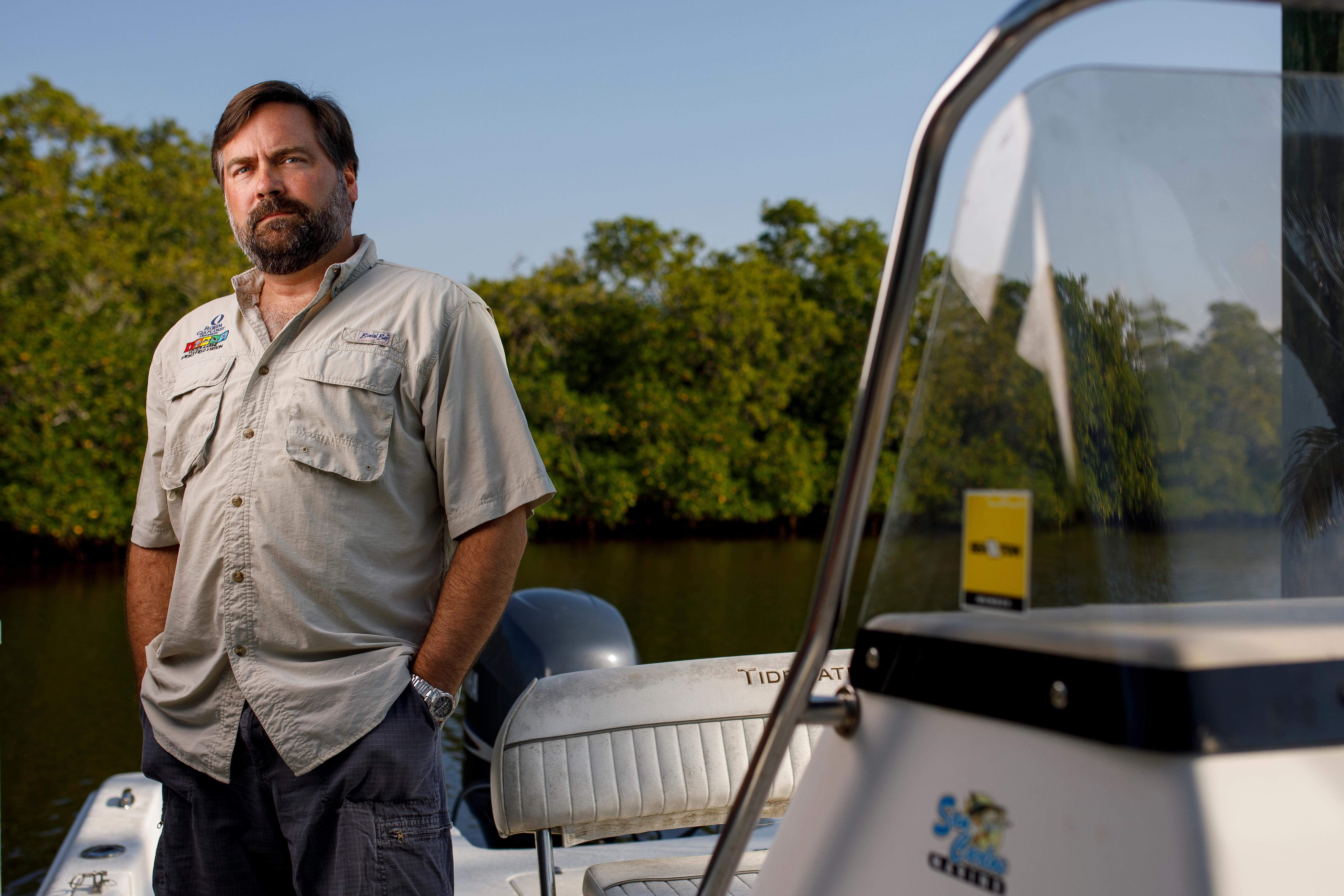 FGCU professor Mike Parsons named to Blue-Green Algae Task Force