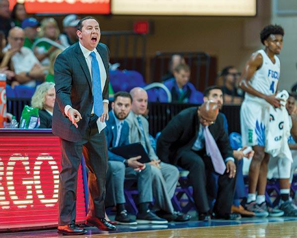 FGCU basketball Coach Fly