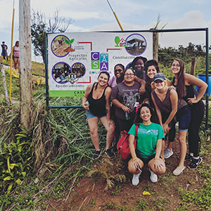 Photo of FGCU students at community service project in the mountains of the municipality of Orocovis at Casa Solidaria