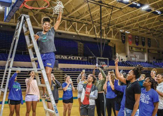 The FGCU women's basketball team had their own net-cutting ceremony to celebrate their stellar season.