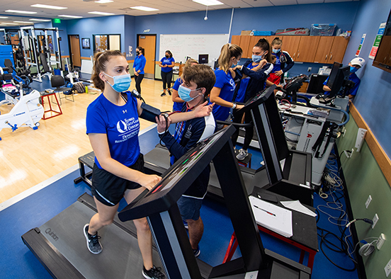 photo shows FGCU students working out