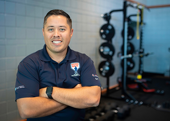 Alumnus helps veterans transition to civilian life, oversees Home Base move